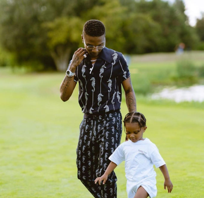 """""""Wizkid is not fully developed as a man emotionally and mentally to be a father""""-seyigbangbola"""