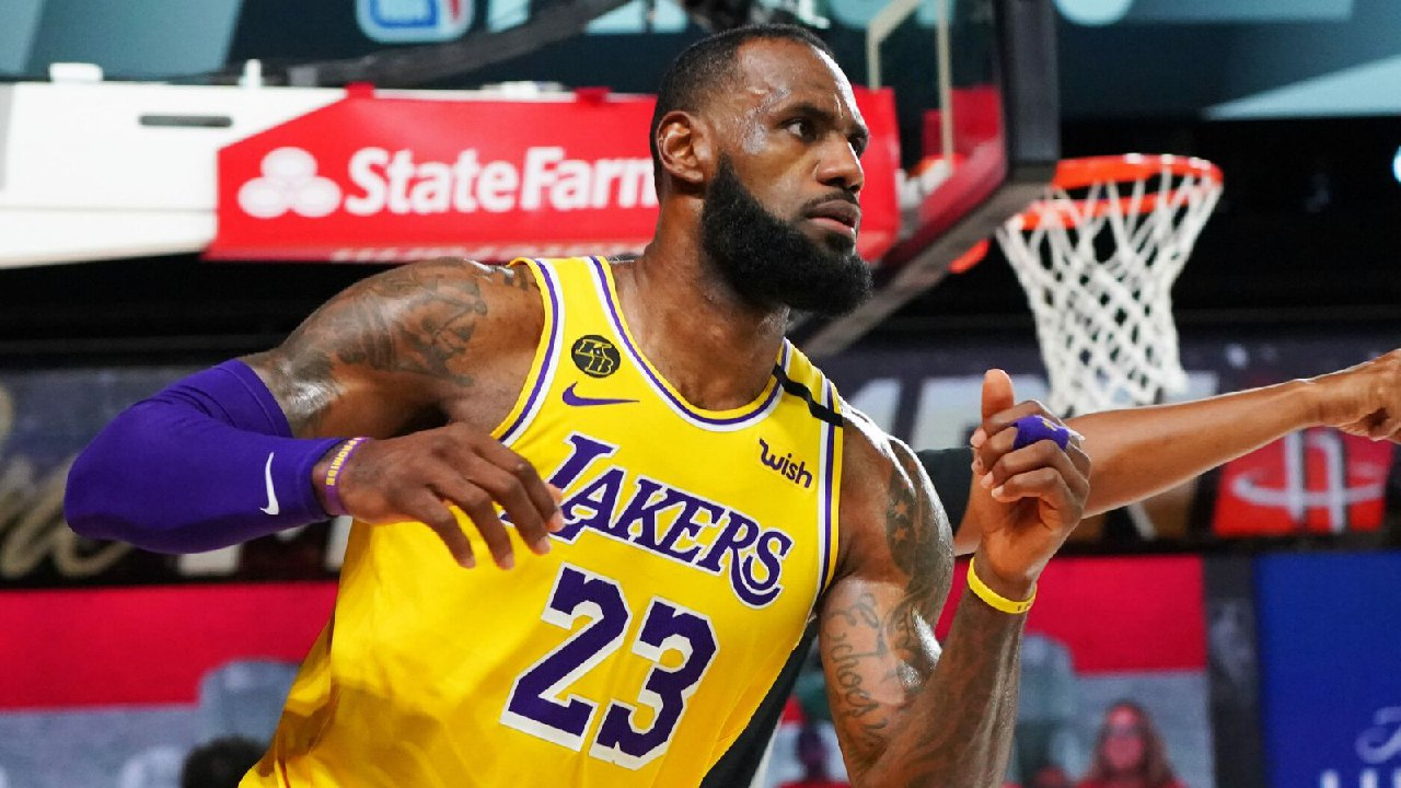 LeBron: Lakers must close out games the right way