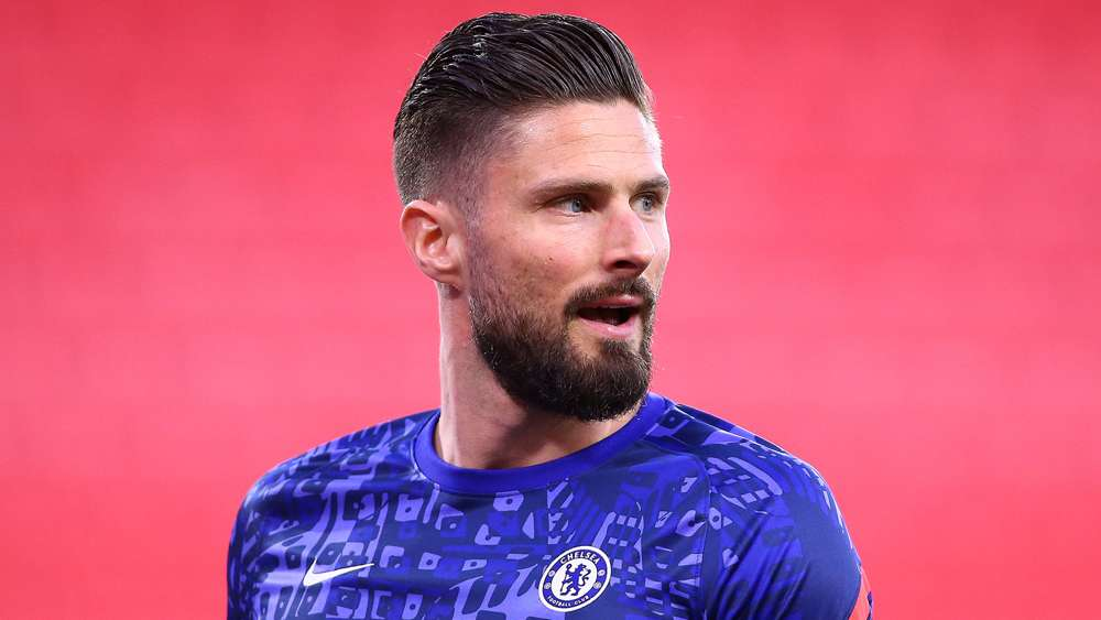 Giroud unlikely to renew Chelsea contract as he ponders his next move